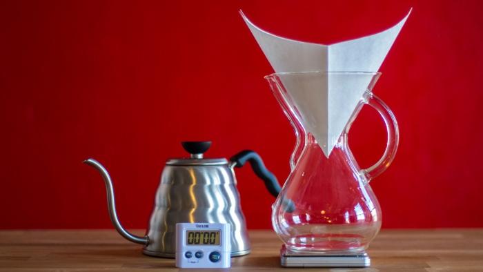 Craft Coffee Chemex Brew Guide - Step 2
