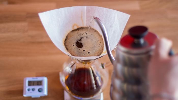 Craft Coffee Chemex Brew Guide - Step 7