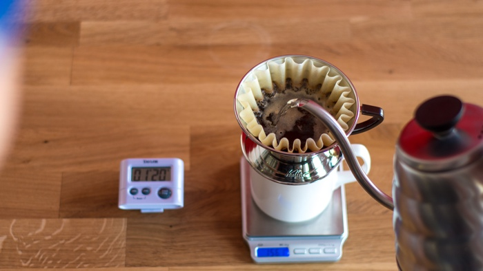 Craft Coffee Kalita Wave Brew Guide - Step 7